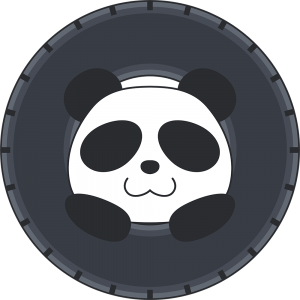タイヤで遊ぶパンダ